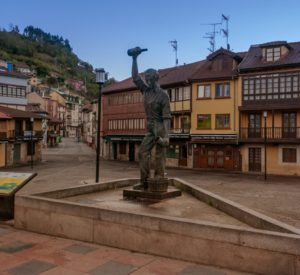 Plaza del Ayuntamiento - Mieres